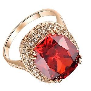 anillo de coctel o cocktail de oro con rubi