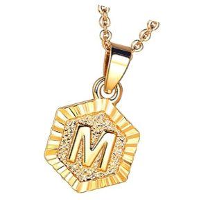 colgante inicial de oro letra m