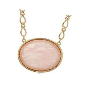 colgante cuarzo rosa en collar de oro