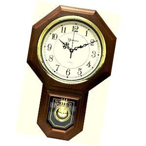 reloj de pendulo de madera