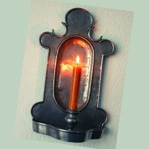 reloj de vela roja