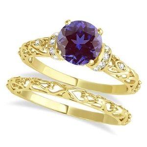 conjunto de anillos nupciales, de oro amarillo de 18 k con diamantes y alejandrita