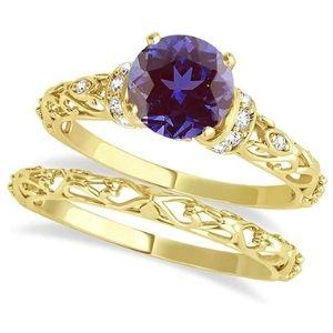 conjunto de anillos nupciales, de oro amarillo de 14 k con diamantes y alejandrita