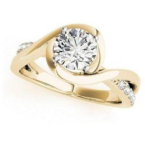 anillo de compromiso, de oro amarillo de 18k, con diamantes