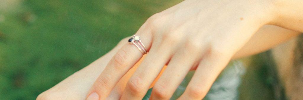 por que adquirir un anillo de oro para niñas