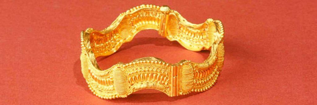 caracteristicas de los brazaletes de oro de 14k
