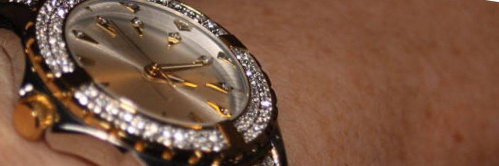 guia para comprar relojes de oro con diamantes